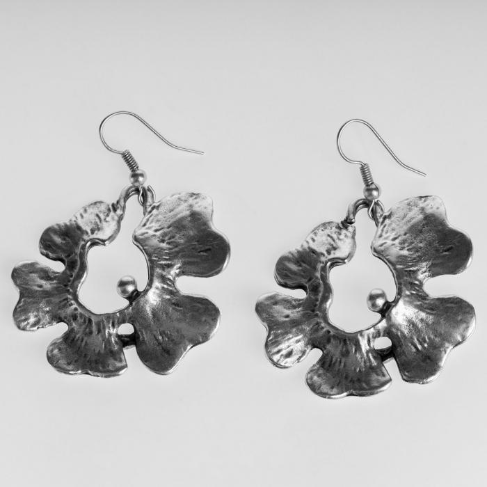 Cercei din zamac cu forma de floare [0]