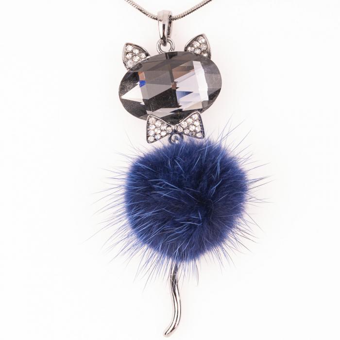 Lant cu pandantiv pisica cu puf bleumarin 0