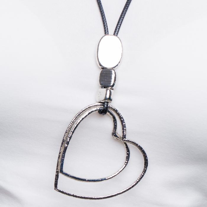 Colier argintiu cu pandantiv  pietre si doua inimi 1