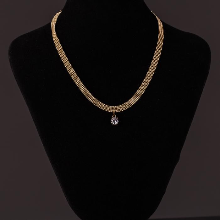 Colier auriu la baza gatului cu pandantiv din zirconiu (choker) [1]