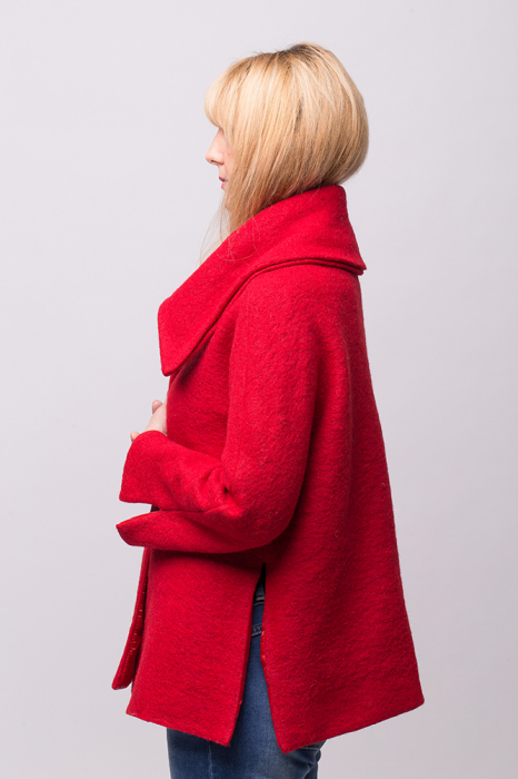 Haina rosie scurta lana cu guler inalt 2