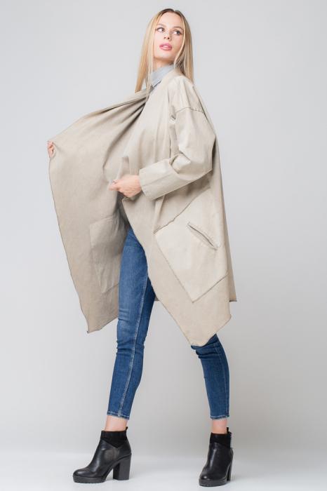 Jacheta bej inchis in colturi cu imprimeu stea pe spate 1