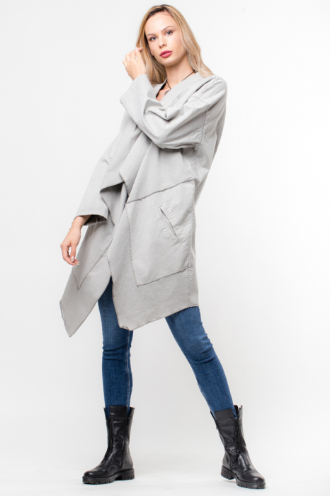 Jacheta gri inchis in colturi cu imprimeu stea pe spate 1