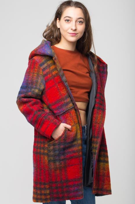 Palton captusit lana ecosez predominant rosu 2