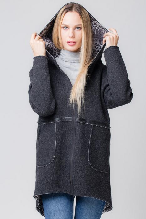 Palton lana negru cu gluga, cu interior animal print 0
