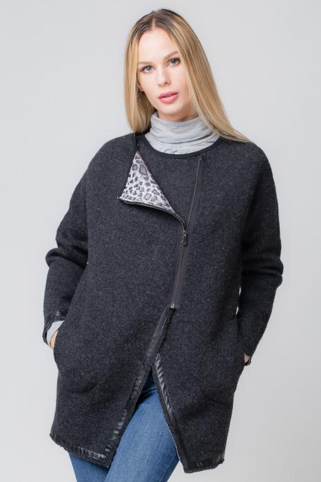 Palton lana negru, cu interior animal print 0