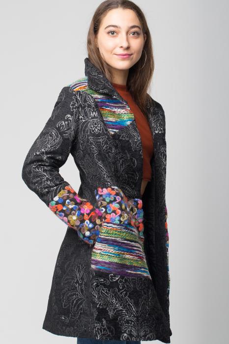 Palton negru cu broderie colorata si motive florale embosate [1]