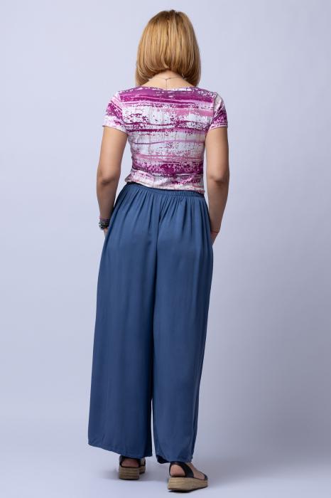 Pantaloni albastru jeans casual, largi din vascoza, cu o curea fancy 1