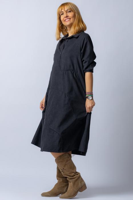 Rochie neagra midi, cu guler tip camasa si model cusaturi [1]