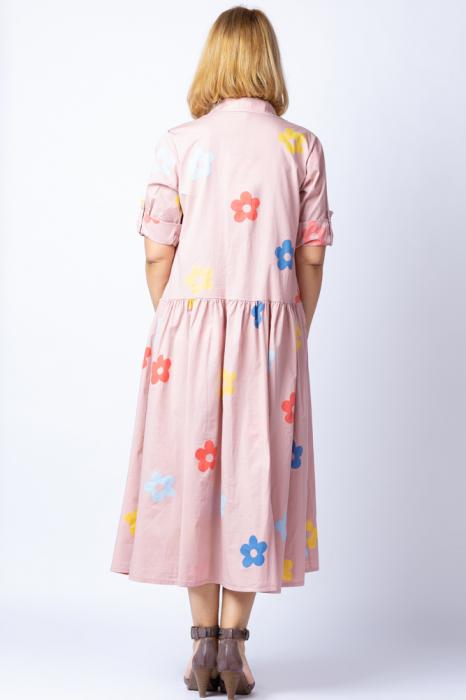 Rochie camasa roz prafuit cu flori multicolore, din tesatura fina de bumbac [2]