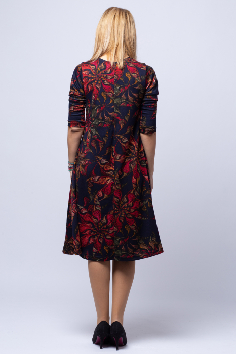 Rochie `A line` midi, bleumarin imprimeu flori rosii, din vascoza [2]