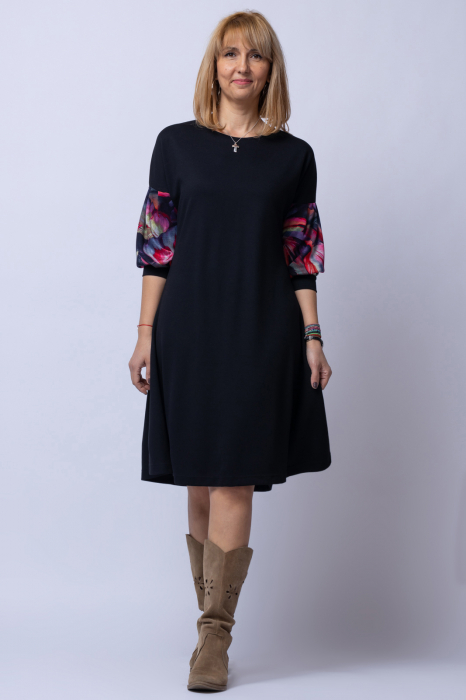 Rochie `A line` midi, neagra, cu maneci bufante imprimate floral [0]
