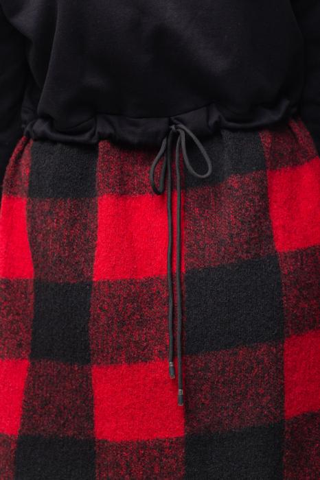 Rochie din lana ecozez rosu-negru cu franjuri si paiete 4