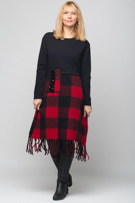 Rochie din lana ecozez rosu-negru cu franjuri si paiete 0