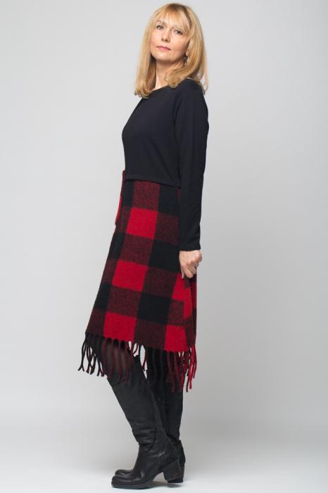 Rochie din lana ecozez rosu-negru cu franjuri si paiete 1