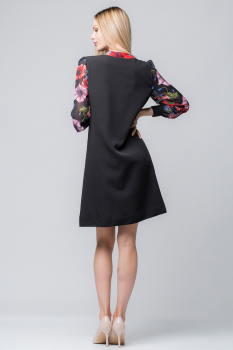Rochie eleganta, neagra, midi, cu maneci si guleras din voal inflorat 1