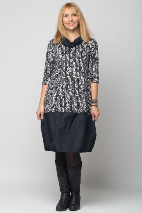 Rochie gogosar din tafta neagra si tricot imprimeu [4]