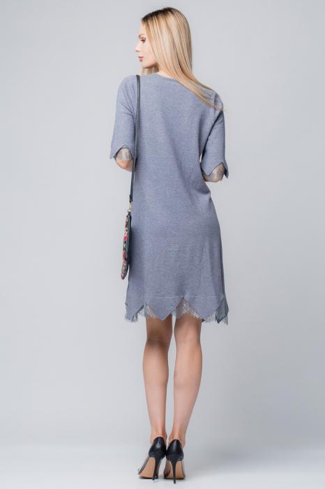Rochie gri tricotata eleganta cu terminatie de dantela aplicata 1