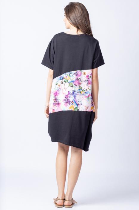 Rochie lalea asimetrica cu bust negru si imprimeu cu flori pastelate 3