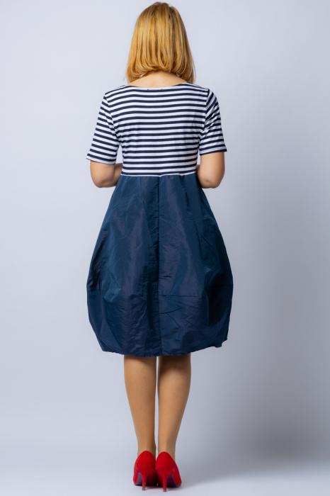 Rochie lalea cu imprimeu marinar alb negru si tafta bleumarin 2