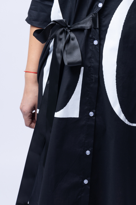 Rochie neagra lunga tip camasa cu imprimeu LOVE [3]