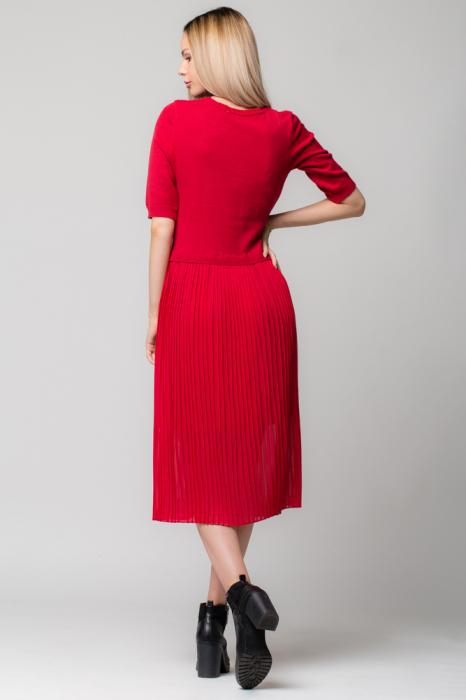 Rochie rosie din jerse si voal plisat [2]