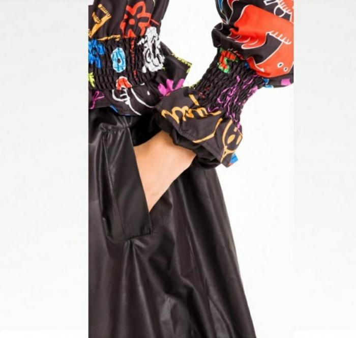 Rochie tip jacheta midi fantezista din tafta, cu gluga si imprimeu colorat 4