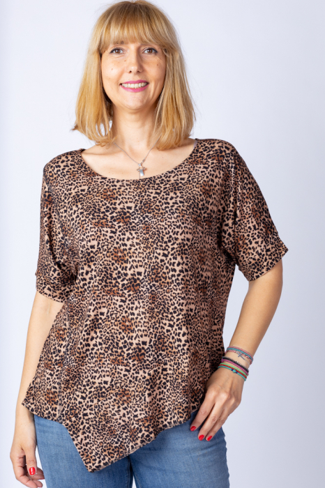Tricou in colturi, cu imprimeu animal print - leopard, din vascoza [0]