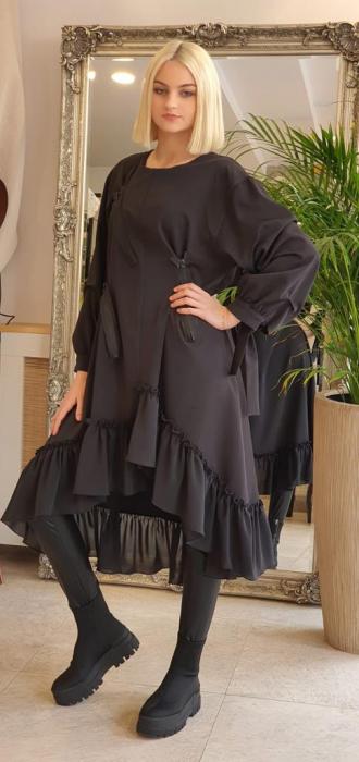 Rochie midi neagra oversize, cu volan si fermoare, extravaganta [1]