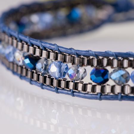Bratara ajustabila pe snur cu pietricele albastre [1]