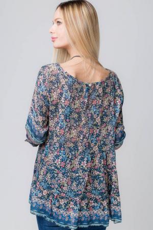 Bluza cu imprimeu floral pe fond bleumarin2