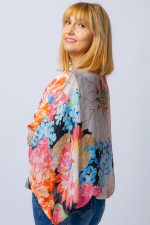 Bluza din matase naturala cu imprimeu floral, maneca fluture, interior negru [1]