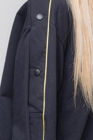 Bluza neagra din tricot  cu vipusca galbena si capse pe maneci2