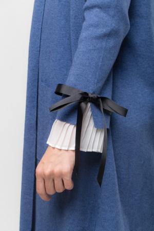 Cardigan elegant albastru  cu mansete plisate2