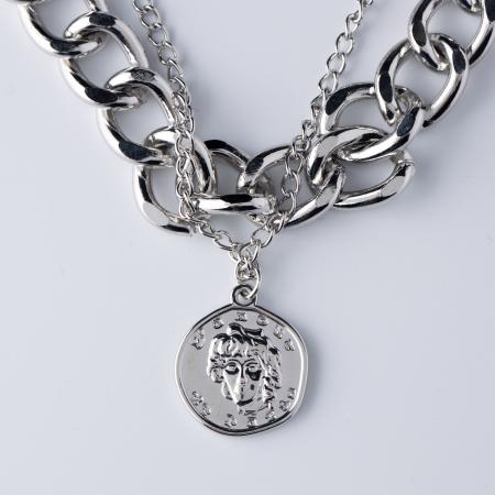 Colier cu medalion moneda argintie [0]