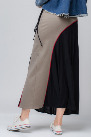 Fusta cusatura rosie, lunga, din tricot negru si bej [0]