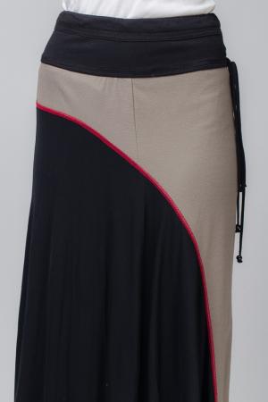 Fusta cusatura rosie, lunga, din tricot negru si bej [1]