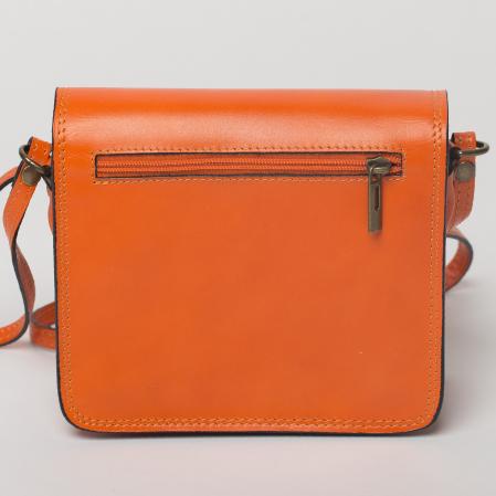 Geanta portocalie din piele tip postas1