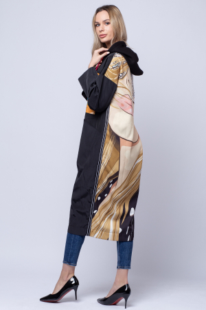 Jacheta lunga neagra cu spatele imprimat, cu gluga [1]