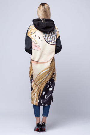 Jacheta lunga neagra cu spatele imprimat, cu gluga [2]