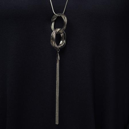 Lant metalic cu pandantiv format din cercuri argintii2