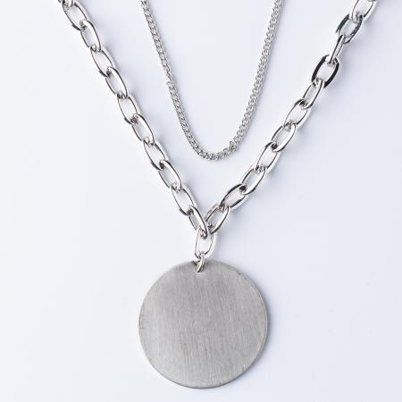 Lanturi cu medalion rotund argintiu0