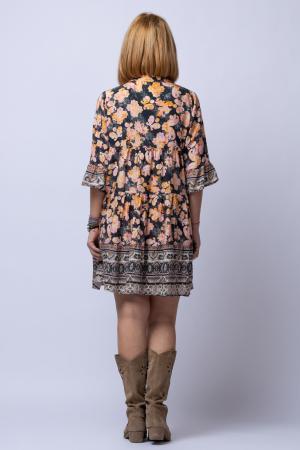 Rochie din vascoza cu volane cu fond negru si imprimeu predominant roz si portocaliu [2]