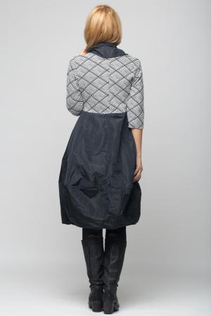 Rochie gogosar model geometric alb/negru  din stofa si tafta, taiata in talie [2]