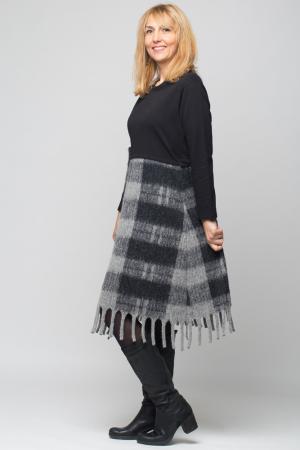 Rochie gri-negru din lana ecozez cu franjuri si paiete [1]