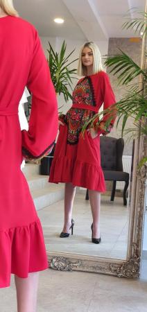 Rochie rosie lunga cu insertie gipsy [2]