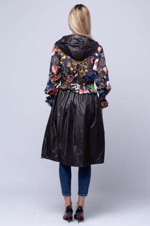 Rochie tip jacheta midi fantezista din tafta, cu gluga si imprimeu colorat3