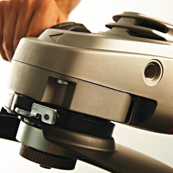 Polizor Unghiular MILWAUKEE, Tip AGV 22-230 DMS, 2200W, 230mm 2