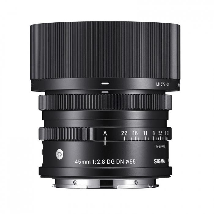 45mm F2.8 DN (C) 0