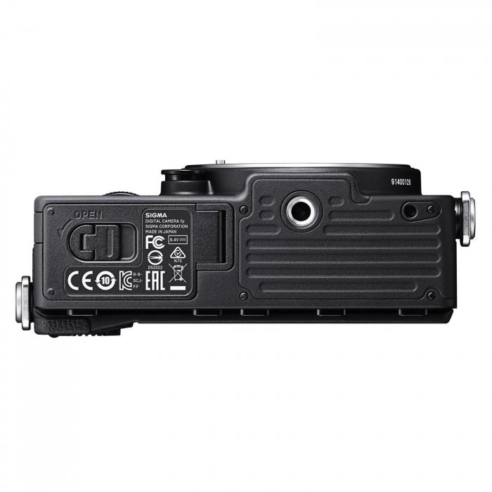 FP Digital Mirrorless Camera Kit cu Obiectiv 45mm F2.8 DG DN 4